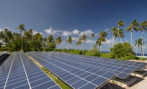 Солнечные батареи на атолле Нукуноно