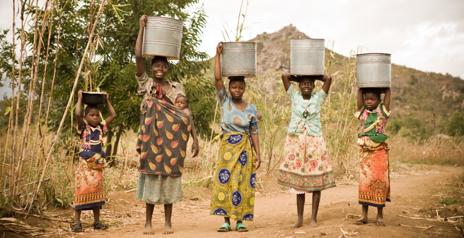 women carry water