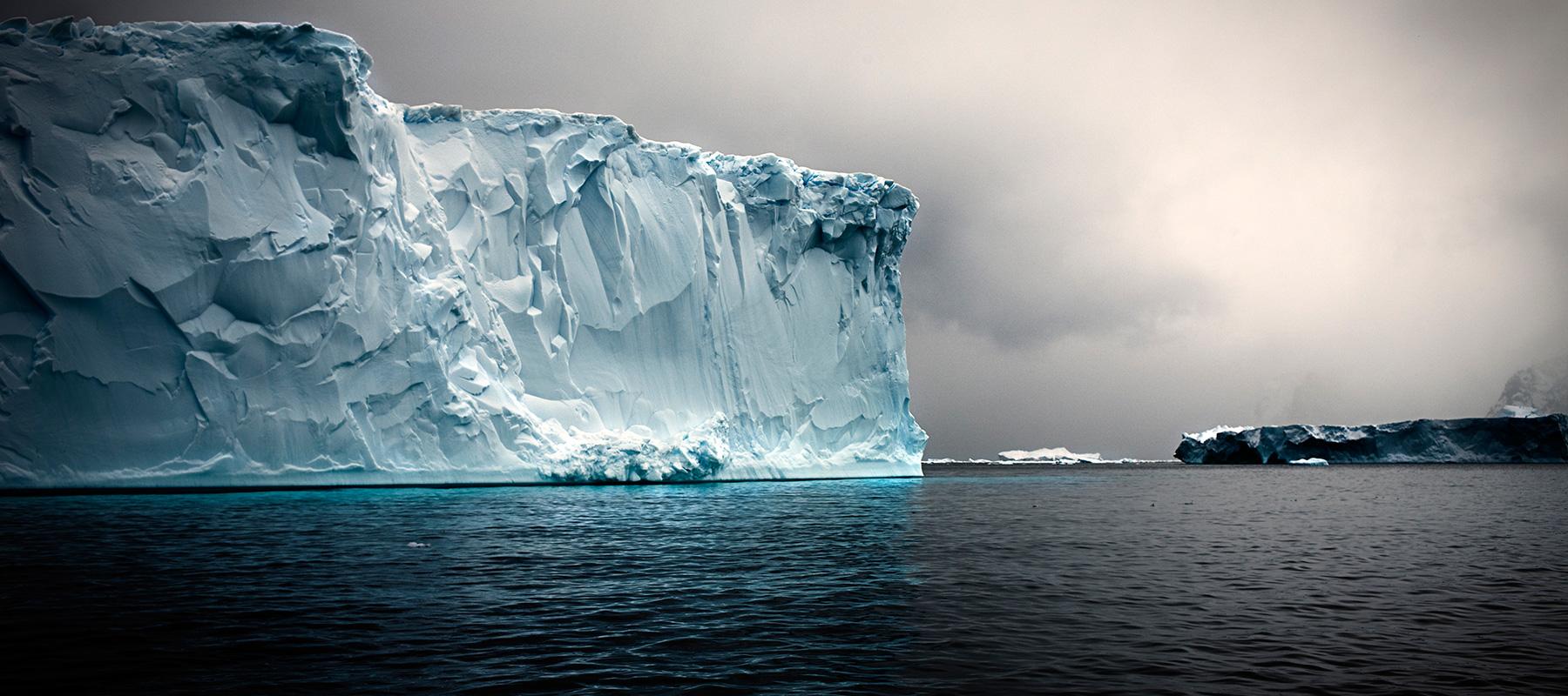 кромка ледового щита Антарктиды