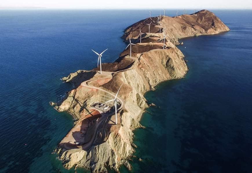 Ветровая электростанция Terna Energy на острове Агиос Георгиос (Греция)