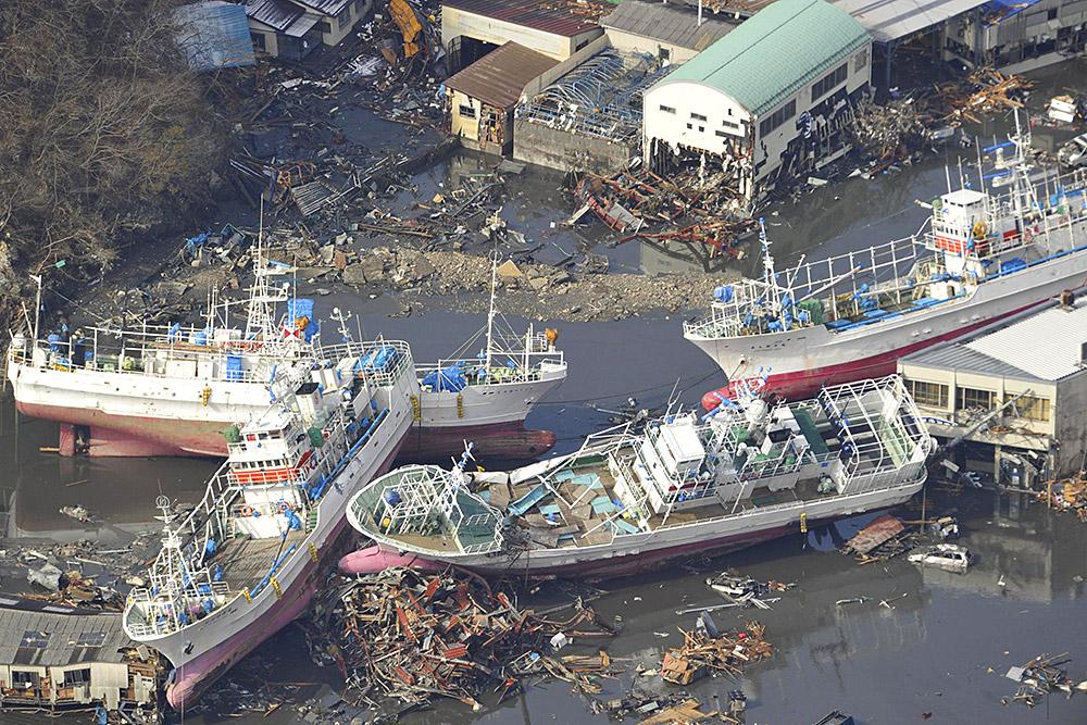 Последствия цунами 2011 года в Японии